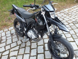 yamaha wr 125 x supermoto ihr motorradh ndler in. Black Bedroom Furniture Sets. Home Design Ideas
